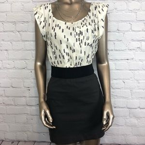 Dolce Vita Dress Pencil Skirt Geometric Print Sm